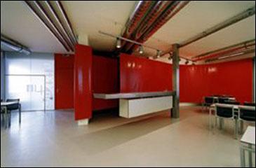 2000 Kantine Dolenz, Hall